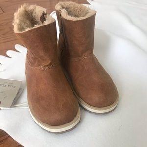 NWT gorgeous Zara boots